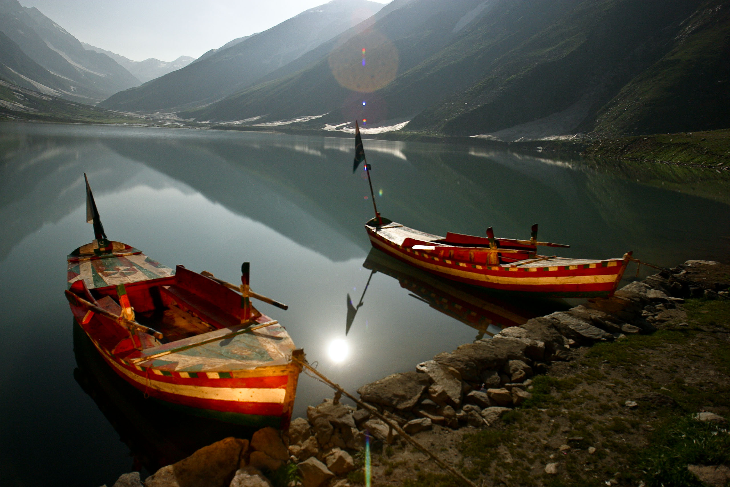 ... your own risk] to take you around the fairyland called Saif-ul-Malook