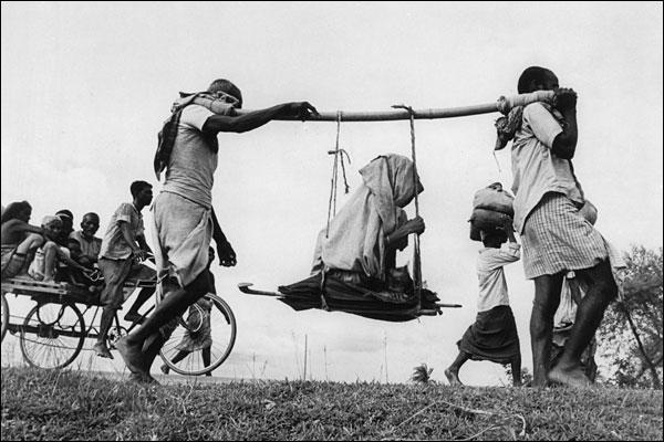 1947 freedom at midnight the pain wonders of pakistan