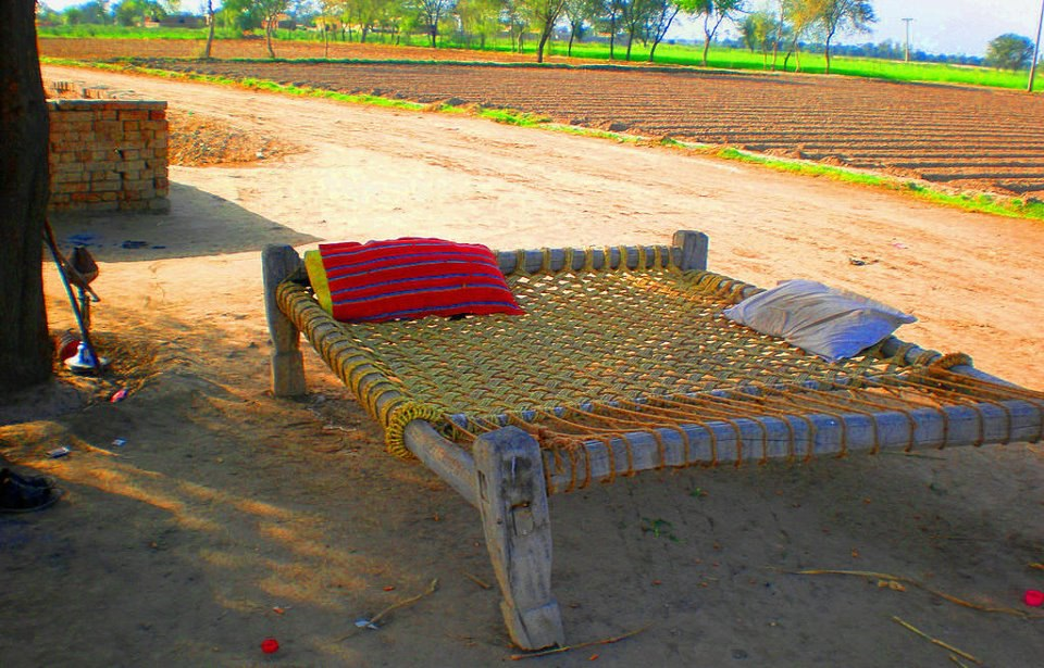 Colors of punjab rural pakistan 2 of 4 wonders of for Pakistani bed design images